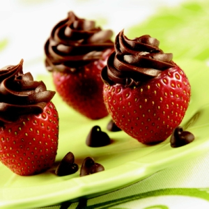 Inside Out Chocolate Strawberries