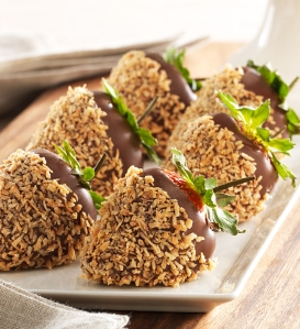 Chocolate_Strawberries_With_Nuts